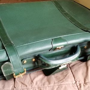 Gucci Suitcase green leather